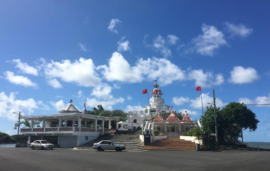Sagar Shiv Mandir in Poste de Flacq - a beautiful Hindu temple in Mauritius - Things to do in Mauritius - #Mauritius