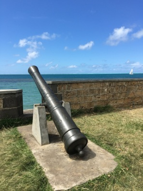 Cannon at Devil's Point Mauritius - The battle of Grand Port in Mauritius - #Mauritius #Ilemaurice #Things to do in Mauritius #cultural visits in Mauritius