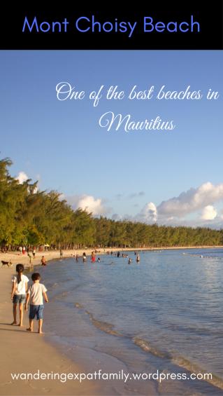 Beaches in Mauritius: Mont Choisy Beach. Top 10 beach in Mauritius