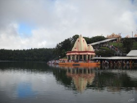 View of a Hindu temple on Ganga Talao, in Grand Bassin, Mauritius. One of the most revered Hindu places in Mauritius