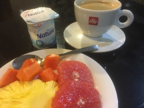 My healthy breakfast at the Air Mauritius Business Class Lounge in Mauritius International airport