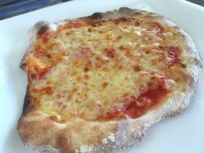 Baby Pizza Margherita at la Voglia Matta, the best pizzeria in the north of Mauritius