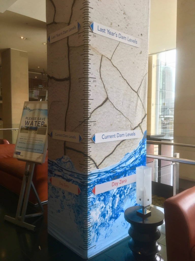 Diagram showing the current water level in Cape Town reservoirs - In the lobby of The Westin Cape Town - Hotel in Cap Town