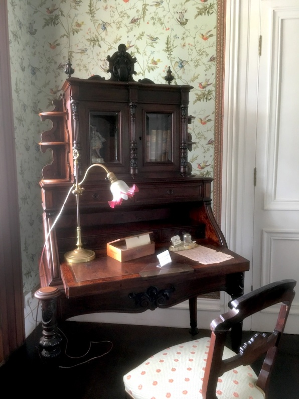 Lady desk in the bedroom of Chateau de Labourdonnais