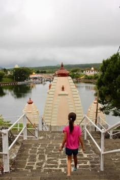 Kiddos 1 walking down to Ganga Talao - Hindu pilgrimage site in Mauritius. #mauritius