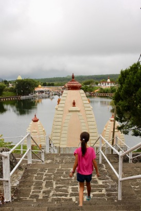 Kiddos 1 walking down to Ganga Talao - Hindu pilgrimage site in Mauritius. #mauritius