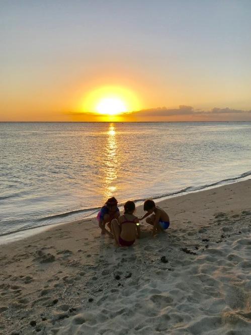 Kids on the beach of Sugar Beach Mauritius at Sunset - Hotels in Mauritius - #Mauritius #Hotels in Mauritius #Things to do in Mauritius #Beach in Mauritius - #IleMaurice